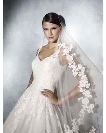 White One by Pronovia JISELLE