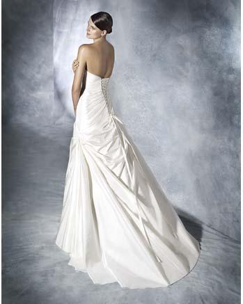 White One by Pronovia JUDITH